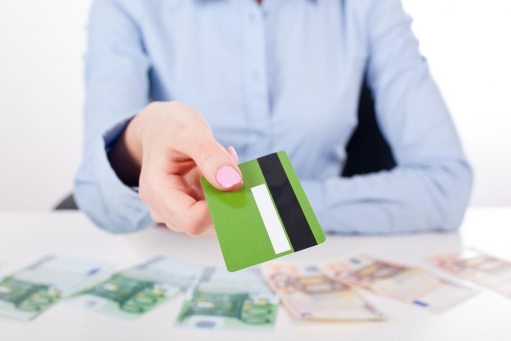 Взять кредит в совкомбанке онлайн заявка без справок и поручителей на карту сбербанка