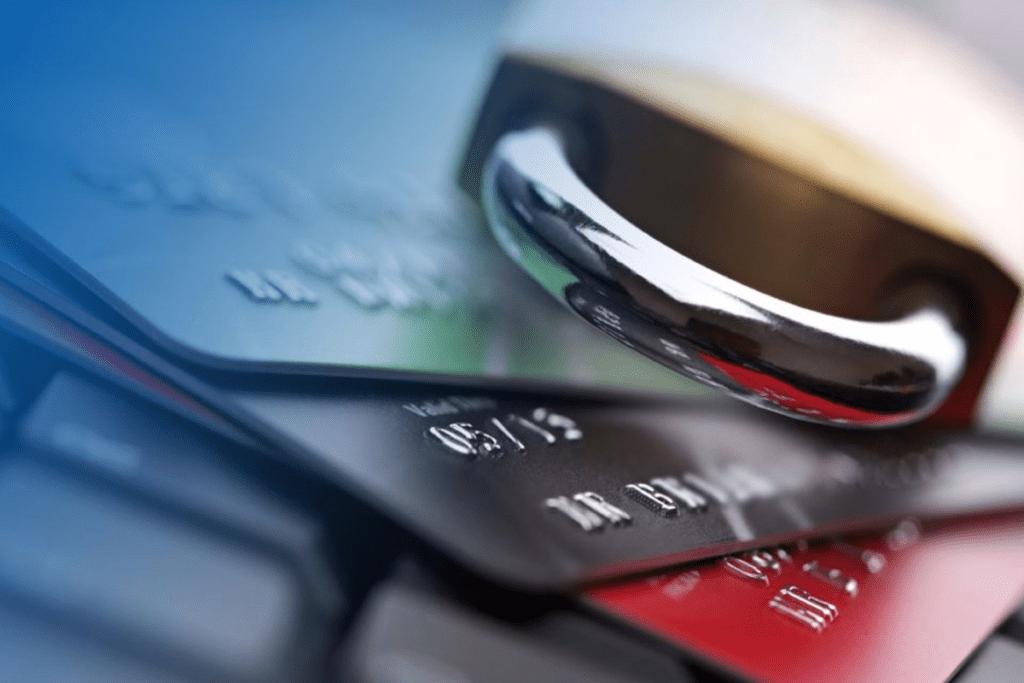 Судебные приставы сняли деньги с карты Сбербанка: что делать и как посмотреть
