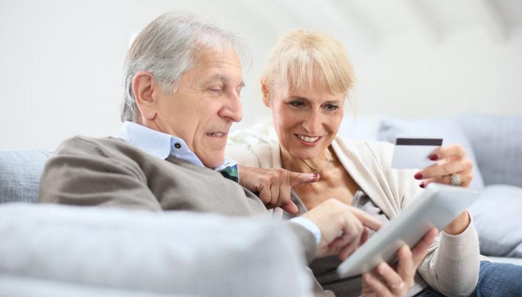 В какой банк выгоднее перевести пенсию